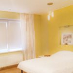 рулонные шторы в спальню фото аполло